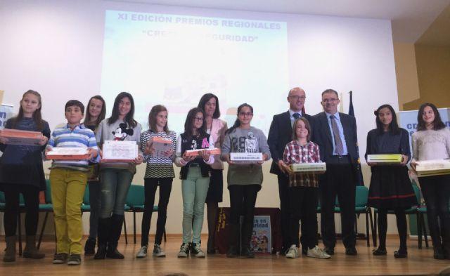"""La alumna Lorena Calvo del CEIP Purísima Concepción ha sido premiada en el Concurso """"Crece en Seguridad"""" - 1, Foto 1"""