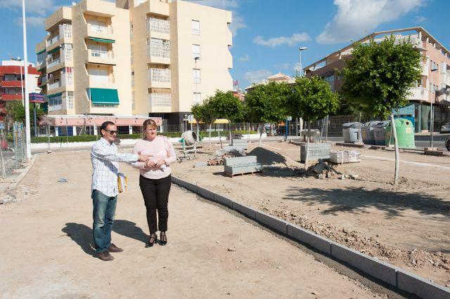 El ayuntamiento acomete obras en zonas verdes y de pavimentación de aceras por valor de 77.000 euros - 1, Foto 1