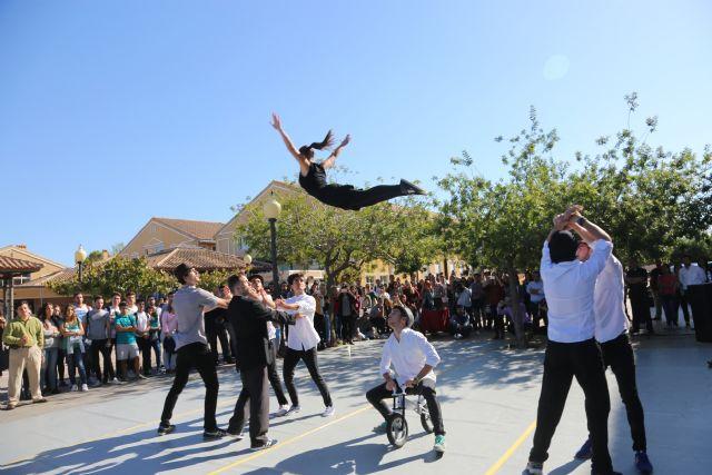 Música, danza y gastronomía para cerrar la Bienvenida Universitaria #HolaUCAM - 1, Foto 1