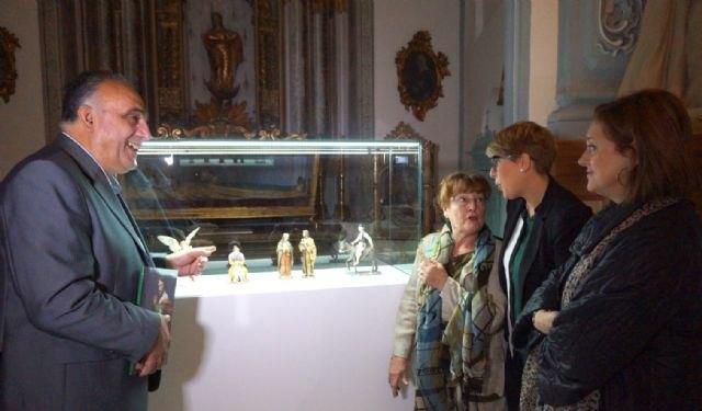 San Juan de Dios acoge la exposición de medio centenar de figuras realizadas por Hernández Navarro para el belén de ´La Pava´ - 1, Foto 1