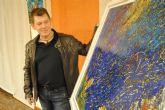 El artista Manuel Poisón expone su obra en el Casino Cultural