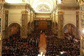 Cerca de mil deportistas UCAM participan en la tradicional ofrenda floral a la Virgen de la Fuensanta
