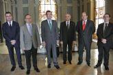 El Alcalde ofrece la Glorieta a los cónsules extranjeros para conmemorar actos de sus países