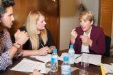 Reuni�n de la consejera de Cultura y Portavoc�a con la alcaldesa de Mazarr�n