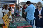 Decenas de artesanos muestran sus productos este domingo en el Mercado de la Sal de Lo Pagán