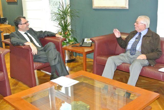 Ballesta abre su despacho a cuatro vecinos interesados en tener un encuentro con el Alcalde - 1, Foto 1