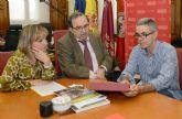 La asociación para la promoción del uso de la bicicleta en la Universidad de Murcia trata con el rector la seguridad de los accesos a los campus