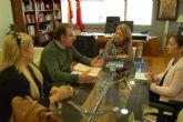 Reunión de la consejera de Educación con el alcalde de Ricote