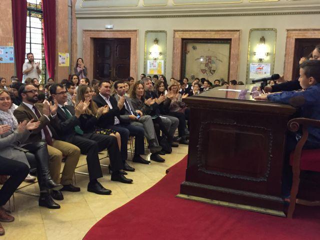 160 alumnos de primaria celebran un Pleno sobre la protección contra la violencia en el entorno familiar - 2, Foto 2