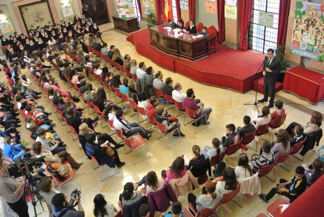 160 alumnos de primaria celebran un Pleno sobre la protección contra la violencia en el entorno familiar - 4, Foto 4