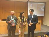 El Alcalde anima a descubrir la Murcia andalusí con la 'pasión, sencillez y poesía' de María Martínez