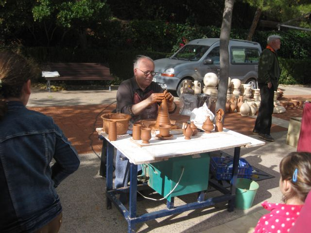 Traditional Artisan Market in La Santa is celebrated with great attendance on Sunday morning, Foto 1