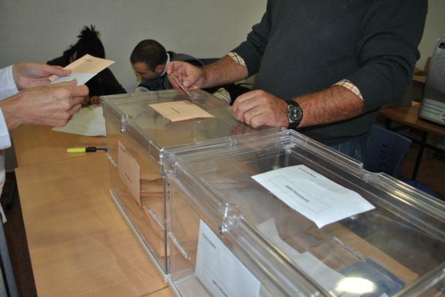 Se sortean en el pleno ordinario los presidentes y vocales de las mesas electorales de las generales del próximo 20-D, Foto 1