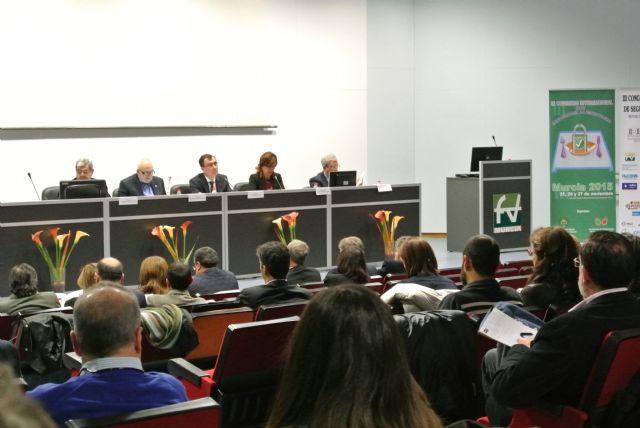 El Alcalde reclama la atención al consumidor como protagonista principal de la cadena agroalimentaria - 1, Foto 1