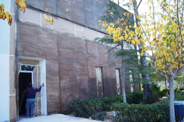 Se adjudican el suministro de mobiliario y equipamiento, aire acondicionado y equipo informático en locales del edificio del Vivero de Empresas