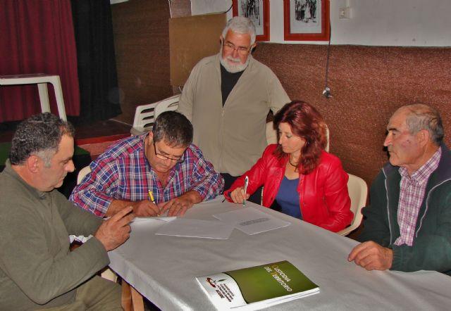ACUDE firma convenios de colaboración con sociedades de cazadores de Alhama de Murcia, Foto 2