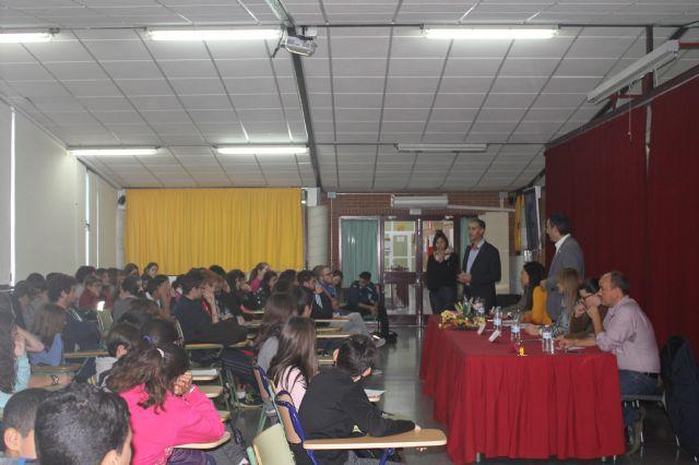 Asamblea con estudiantes de los institutos, Foto 4