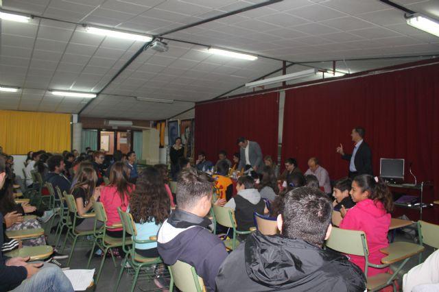 Asamblea con estudiantes de los institutos, Foto 9
