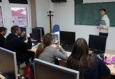 Estudiantes torreños de 1° de Bachillerato perfeccionan su inglés gracias a la empresa 'Grifols'