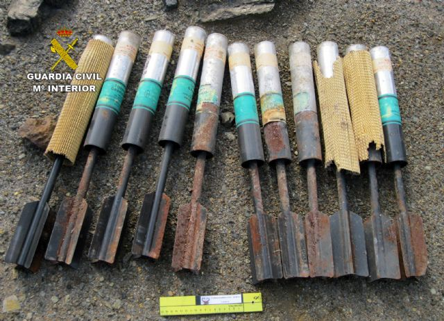 La Guardia Civil destruye materiales pirotécnicos hallados en una vivienda de Villanueva del Río Segura - 1, Foto 1