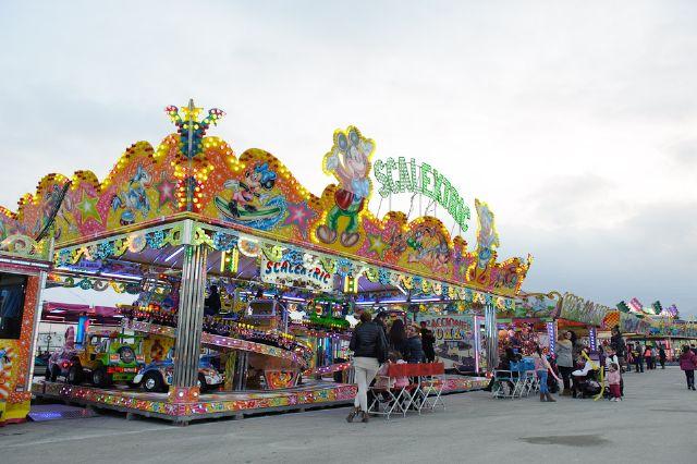 La apertura de las atracciones feriales inicia la programacion infantil de las fiestas, Foto 4