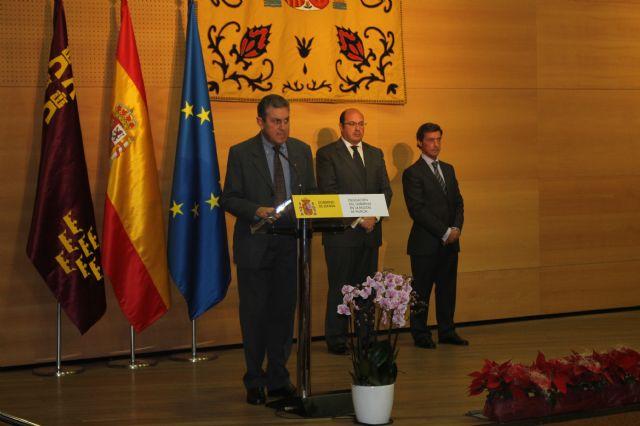 Alhama participa en el acto conmemorativo del XXXVII aniversario de la Constitución Española, Foto 1