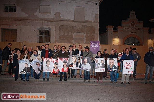 Comienza la campaña electoral con la tradicional pegada de carteles, Foto 1