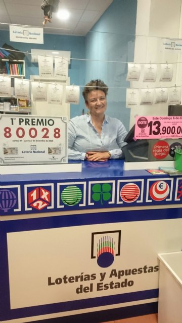 El terminal de lotería ubicado en la librería Sopa de Letras de Alhama de Murcia ha dado el Primer Premio de la Lotería Nacional, Foto 1