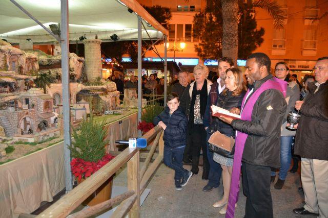 San Pedro del Pinatar da la bienvenida a la Navidad con la apertura del belén y el encendido de las luces - 2, Foto 2