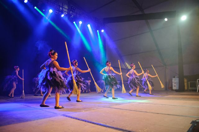 Las escuelas de baile del municipio muestran sus mejores coreografías, Foto 4