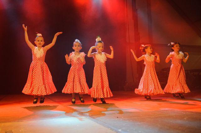 Las escuelas de baile del municipio muestran sus mejores coreografías, Foto 5