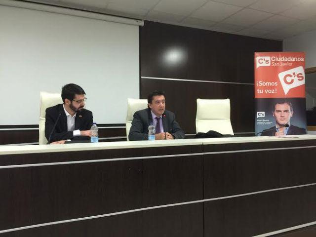 C´S explicó en San Javier su propuesta de la gratuidad de los libros de texto en Murcia - 1, Foto 1