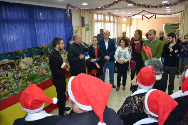 La Navidad inunda el Centro de Personas Mayores de San Javier - 1, Foto 1