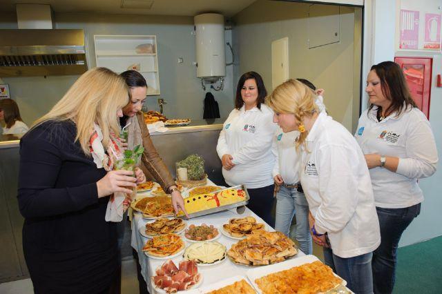 18 alumnos se forman en el curso de hostelería organizado por la concejalía de empleo, Foto 1