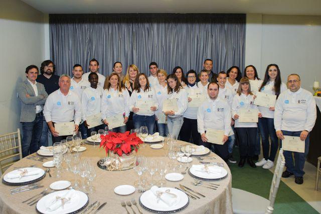 18 alumnos se forman en el curso de hostelería organizado por la concejalía de empleo, Foto 3