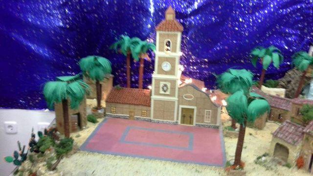 El Belén del Centro de Mayores reproduce la iglesia de El Mirador - 1, Foto 1