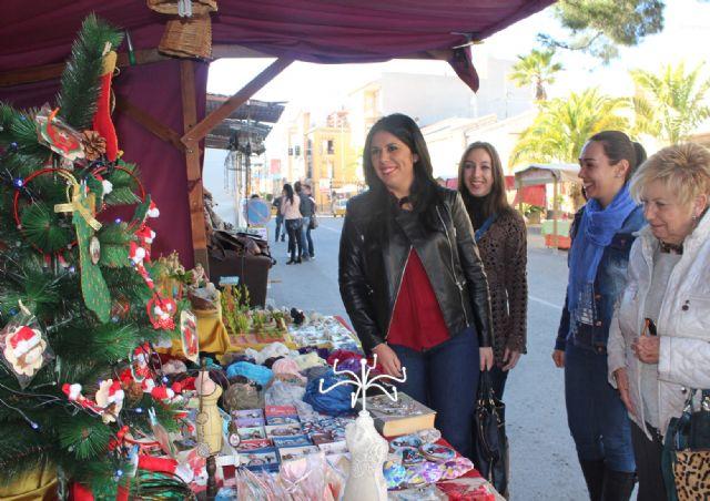 Puerto Lumbreras acoge un Mercado de Navidad con más de 40 artesanos y comerciantes - 1, Foto 1