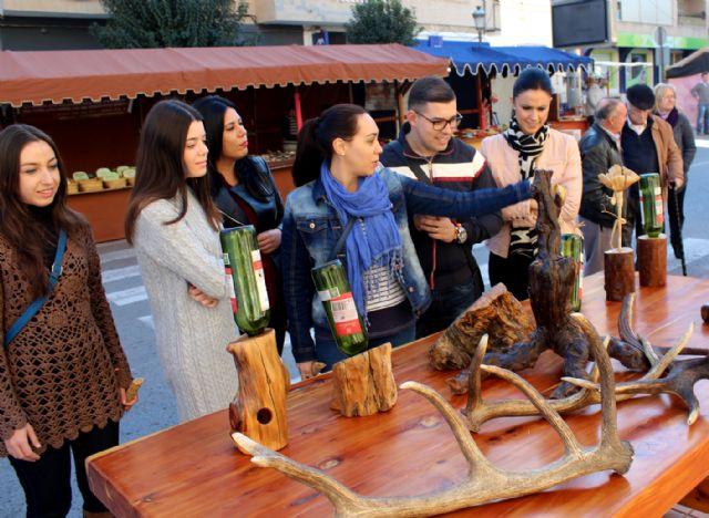 Puerto Lumbreras acoge un Mercado de Navidad con más de 40 artesanos y comerciantes - 2, Foto 2