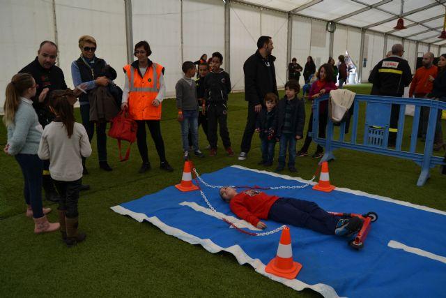 Los niños aprenden primeros auxilios - 2, Foto 2
