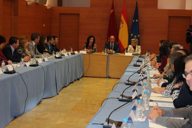El presidente de la Comunidad promueve un Pacto de los Alcaldes por el Agua, Foto 3