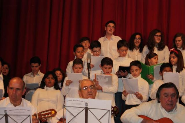 Students of the Municipal School of Music starring two concerts of carols