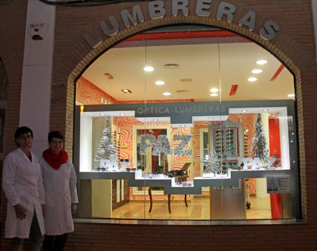 Bambú Moda, Óptica Lumbreras y Farmacia Francisca Martínez son premiados en el Concurso de Escaparates Navideños 2015 - 2, Foto 2