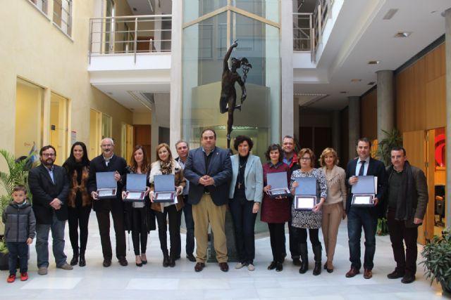 Bambú Moda, Óptica Lumbreras y Farmacia Francisca Martínez son premiados en el Concurso de Escaparates Navideños 2015 - 4, Foto 4