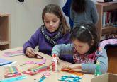 Talleres navideños infantiles en la Casa de la Cultura torreña