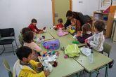 La Escuela de Vacaciones de Navidad torreña, a pleno ritmo en el colegio 'Joaquín Cantero'