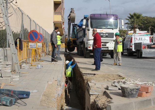 El Ayuntamiento y la Comunidad renuevan redes de saneamiento en Puerto Lumbreras - 1, Foto 1