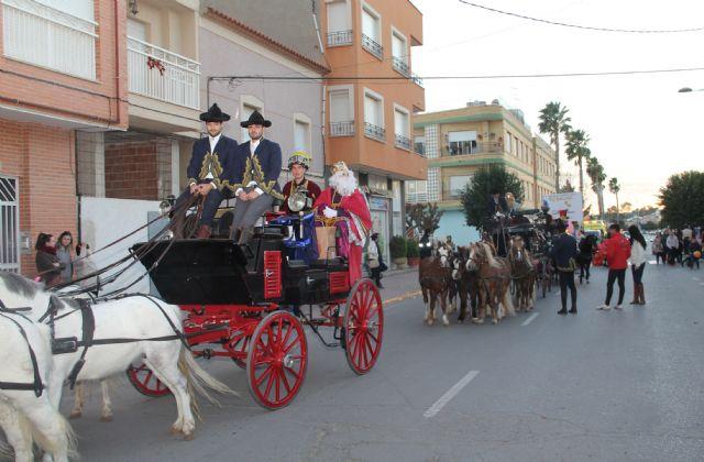 Los Reyes Magos llegan a Puerto Lumbreras con una cabalgata llena de regalos y sorpresas - 2, Foto 2