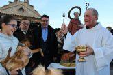 Alcantarilla celebró San Antón con la bendición de los animales a las puertas de la Ermita de nuestra Patrona, junto al paraje del Agua 'Salá'