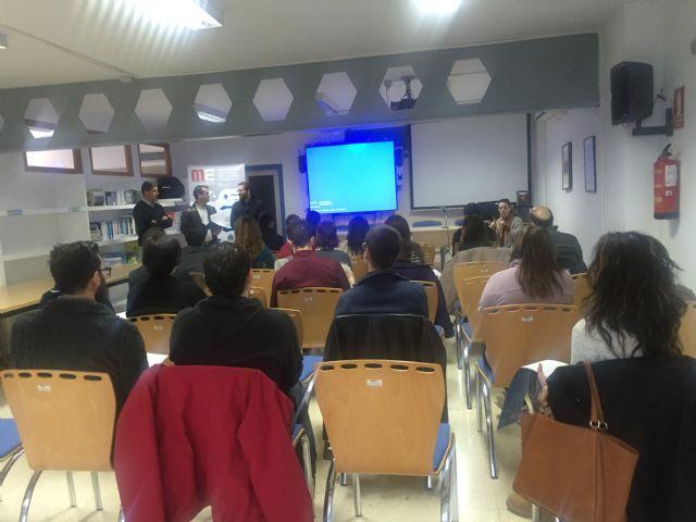 Durante la mañana de hoy 30 jóvenes del municipio de Torre-Pacheco han realizado el Taller Crea y haz que tu empresa funcione - 1, Foto 1