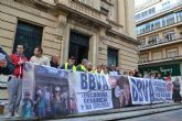 Cambiemos Murcia muestra su apoyo a las familias denunciadas por el BBVA